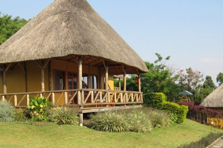 Crater safari Lodge Kibale (03)