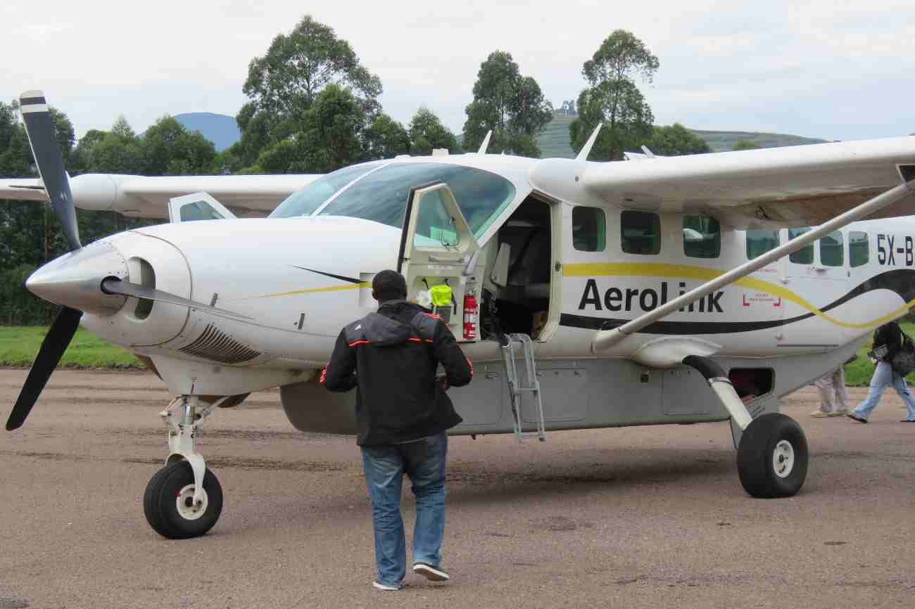Domestic flight in Uganda