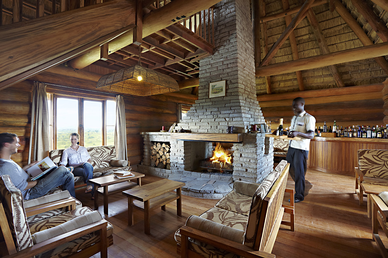 Kyaninga Lodge main lounge.