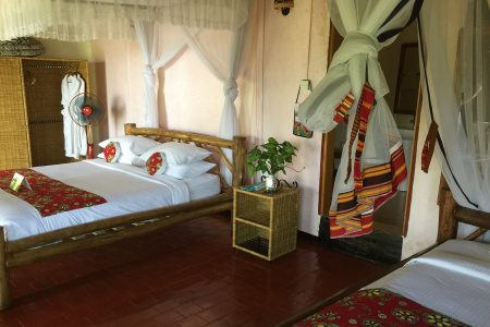 Park View Safari Lodge twin room, Queen Elizabeth National Park, Uganda